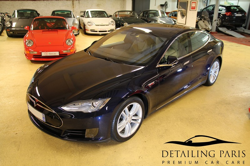 Tesla-Centre-Detailing-Paris-Swissvax-Paris-lavage-automobile-haut-de-gamme-renovation-protection.jpg